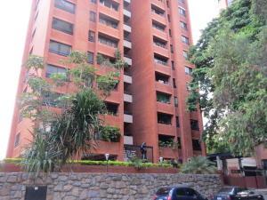 Apartamento En Alquiler En Caracas, El Rosal, Venezuela, VE RAH: 16-17518