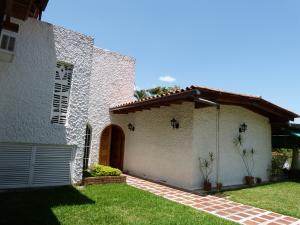 Casa En Venta En Caracas, Prados Del Este, Venezuela, VE RAH: 16-17575