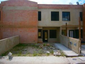 Casa En Venta En Municipio San Diego, Valles Del Nogal, Venezuela, VE RAH: 16-17586
