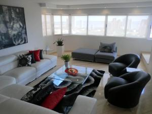 Apartamento En Venta En Maracaibo, Creole, Venezuela, VE RAH: 16-17591