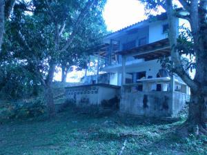 Casa En Venta En Tacarigua, Tacarigua, Venezuela, VE RAH: 16-17622
