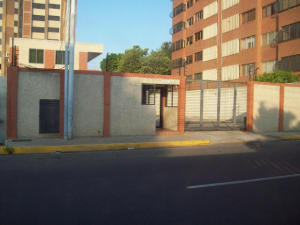 Apartamento En Venta En Maracaibo, Tierra Negra, Venezuela, VE RAH: 16-17599