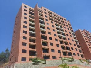 Apartamento En Venta En Caracas, Colinas De La Tahona, Venezuela, VE RAH: 16-17613