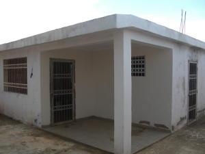 Casa En Venta En Coro, Sol De Coro, Venezuela, VE RAH: 16-17631