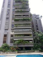 Apartamento En Venta En Valencia, Campo Alegre, Venezuela, VE RAH: 16-17634