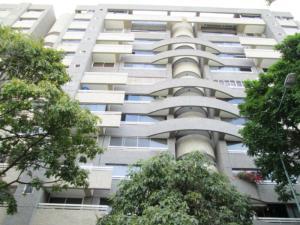 Apartamento En Venta En Caracas, El Rosal, Venezuela, VE RAH: 16-17638
