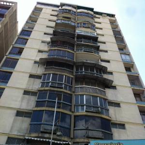 Apartamento En Venta En Caracas, Chacao, Venezuela, VE RAH: 16-17649