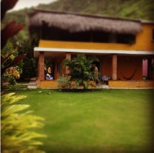 Casa En Venta En Ocumare De La Costa, El Playon, Venezuela, VE RAH: 16-17648
