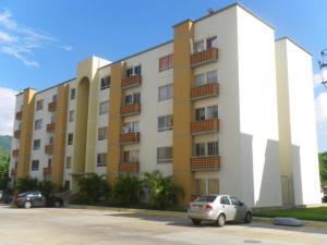 Apartamento En Ventaen Municipio San Diego, Valles Del Nogal, Venezuela, VE RAH: 17-4288