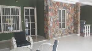 Casa En Ventaen Municipio San Diego, La Esmeralda, Venezuela, VE RAH: 16-17668
