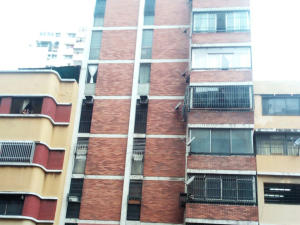 Apartamento En Venta En Caracas, Parroquia Santa Rosalia, Venezuela, VE RAH: 16-17685