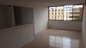 Apartamento En Venta En Maracaibo, Raul Leoni, Venezuela, VE RAH: 16-17717