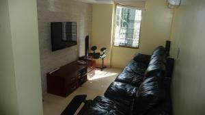 Apartamento En Venta En Caracas - Cumbres de Curumo Código FLEX: 16-17736 No.13