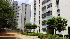Apartamento En Venta En Maracaibo, Avenida Goajira, Venezuela, VE RAH: 16-17741