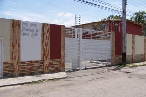 Apartamento En Venta En Intercomunal Maracay-Turmero, Intercomunal Turmero Maracay, Venezuela, VE RAH: 16-18071