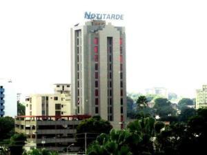 Oficina En Ventaen Valencia, Avenida Bolivar Norte, Venezuela, VE RAH: 16-17777