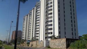 Apartamento En Venta En Municipio Naguanagua, Palma Real, Venezuela, VE RAH: 16-17966