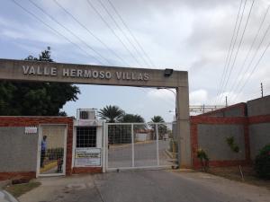 Casa En Venta En Municipio Garcia El Valle, Conejeros, Venezuela, VE RAH: 16-17795
