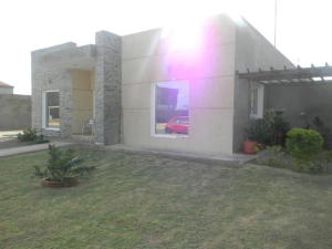 Casa En Venta En Punto Fijo, Zarabon, Venezuela, VE RAH: 16-17801