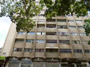 Apartamento En Venta En Caracas, Santa Monica, Venezuela, VE RAH: 16-17802