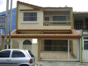 Casa En Venta En Municipio San Diego, La Esmeralda, Venezuela, VE RAH: 16-17822