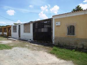 Casa En Venta En Palo Negro, La Esperanza, Venezuela, VE RAH: 16-17834