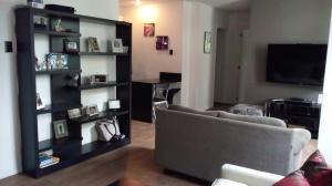 Apartamento En Venta En Caracas, San Bernardino, Venezuela, VE RAH: 16-17845