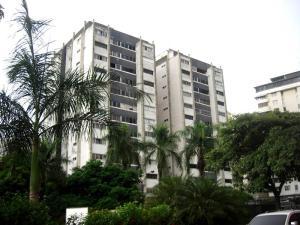 Apartamento En Venta En Caracas, Terrazas Del Club Hipico, Venezuela, VE RAH: 16-17901