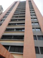 Apartamento En Venta En Caracas, La Bonita, Venezuela, VE RAH: 16-17877