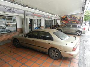 Negocio o Empresa En Venta En Caracas - Santa Monica Código FLEX: 16-17903 No.2
