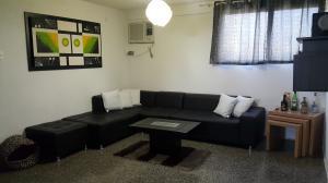 Apartamento En Venta En Maracaibo, Villa Delicias, Venezuela, VE RAH: 16-17881