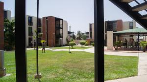 Apartamento En Venta En Guacara, Carret Guacara - San Joaquin, Venezuela, VE RAH: 16-17884