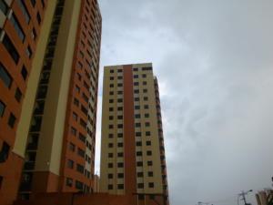 Apartamento En Venta En Municipio Naguanagua, Palma Real, Venezuela, VE RAH: 16-17885
