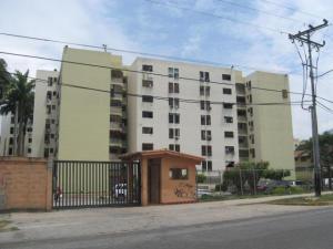 Apartamento En Venta En Municipio Naguanagua, Barbula, Venezuela, VE RAH: 16-17890