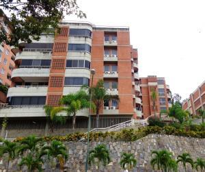 Apartamento En Venta En Caracas, Lomas Del Sol, Venezuela, VE RAH: 16-17917