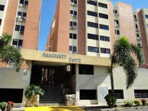 Apartamento En Venta En Municipio Naguanagua, Tazajal, Venezuela, VE RAH: 16-17926