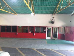 Galpon - Deposito En Alquiler En Ciudad Ojeda, La 'l', Venezuela, VE RAH: 16-17935