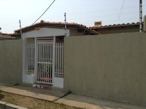 Casa En Venta En Ciudad Ojeda, Vargas, Venezuela, VE RAH: 16-17922