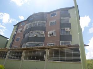 Apartamento En Venta En Guatire, La Sabana, Venezuela, VE RAH: 16-17936
