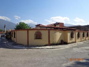 Casa En Venta En Guatire, El Castillejo, Venezuela, VE RAH: 16-17961