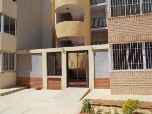 Apartamento En Venta En Punto Fijo, Las Virtudes, Venezuela, VE RAH: 16-18001