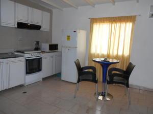 Apartamento En Venta En Punto Fijo, Bella Vista, Venezuela, VE RAH: 16-18005