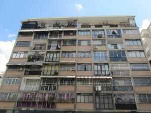 Apartamento En Venta En Caracas, Colinas De Bello Monte, Venezuela, VE RAH: 16-18013