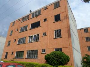 Apartamento En Venta En Municipio San Diego, El Tulipan, Venezuela, VE RAH: 16-18012