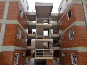 Apartamento En Venta En Guatire, El Encantado, Venezuela, VE RAH: 16-18025