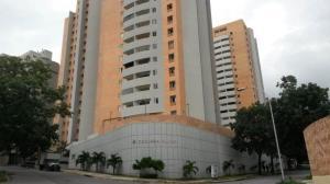 Apartamento En Venta En Valencia, El Parral, Venezuela, VE RAH: 16-18018