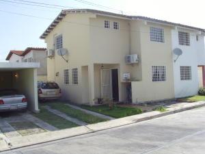 Casa En Venta En Cabudare, Parroquia Cabudare, Venezuela, VE RAH: 16-19296