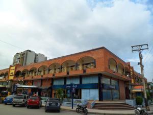 Local Comercial En Venta En Maracay, San Jacinto, Venezuela, VE RAH: 16-18042