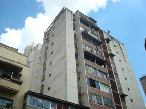 Apartamento En Venta En Caracas, Parroquia La Candelaria, Venezuela, VE RAH: 16-18045
