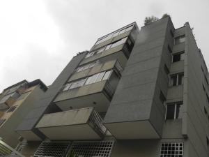 Apartamento En Venta En Caracas, Cumbres De Curumo, Venezuela, VE RAH: 16-18055